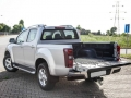 2015 Isuzu D-MAX back open trunk