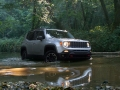 2015 Jeep Renegade offroad