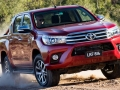 2015 Toyota Hilux front view