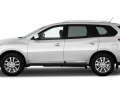 2015 Nissan Pathfinder side