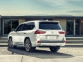 2016 Lexus LX Back view