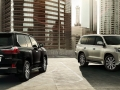 2016 Lexus LX Front and back