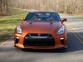 2017 Nissan GT-R front end