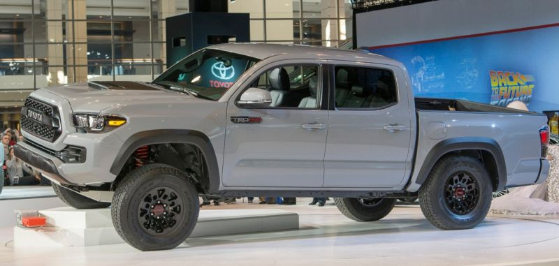 2017 Toyota Tacoma Trd Pro Side View