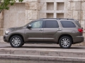 2018 Toyota Sequoia Side View