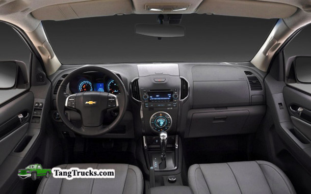 2014 Chevrolet Colorado interior