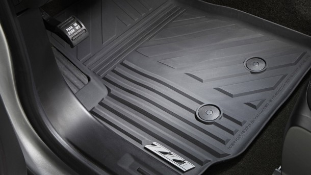 2015 Chevrolet Colorado mats