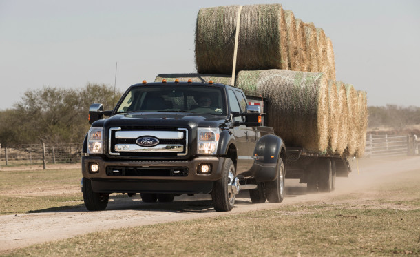 2015 Ford F-350 towing