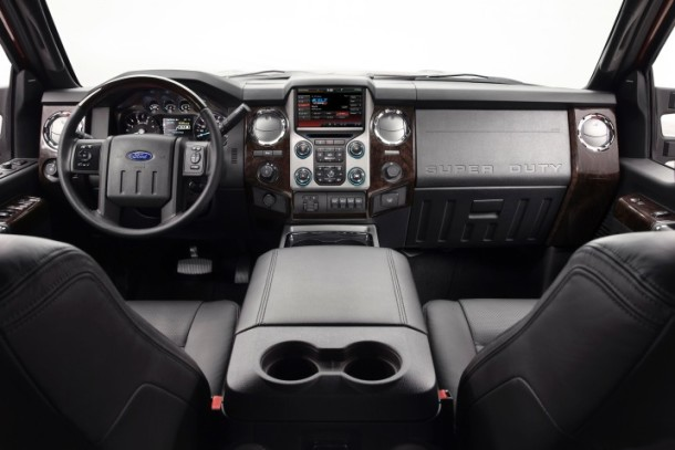 2015 Ford F-450 interior super duty