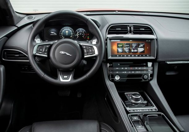 2015 Jaguar F-Pace interior