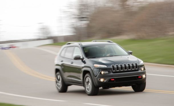 2015 Jeep Cherokee Front view