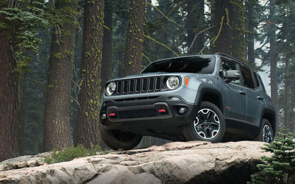 2015 Jeep Renegade lower view