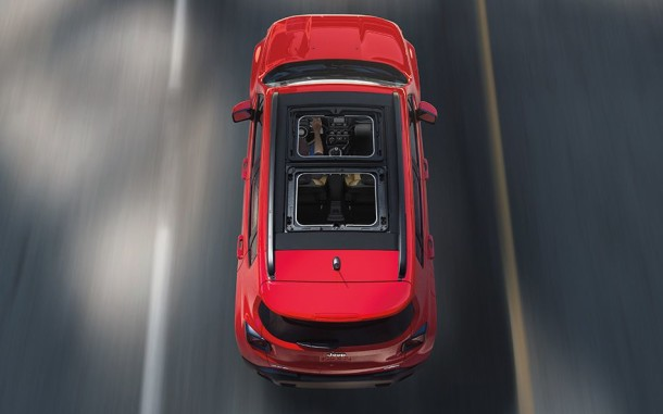 2015 Jeep Renegade red top