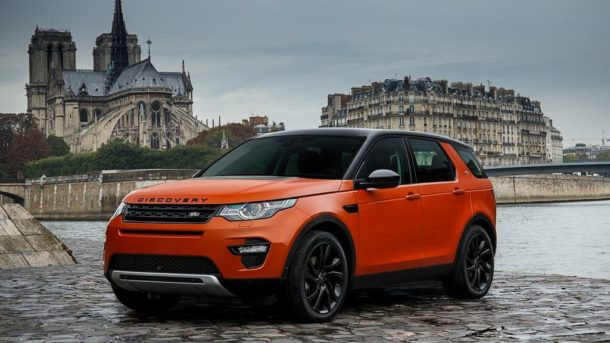 2015 Land Rover Discovery Sport red