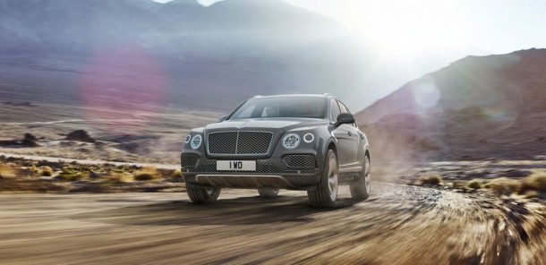 2016 Bentley Bentayga front view angled