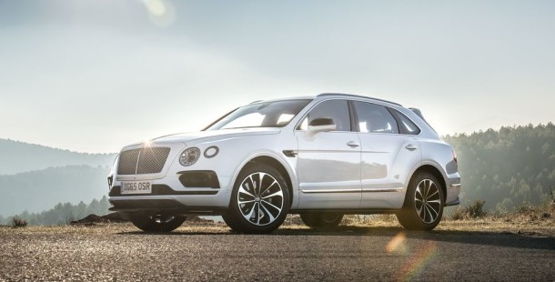 2016 Bentley Bentayga white