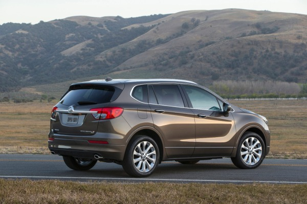 2016 Buick Envision side view