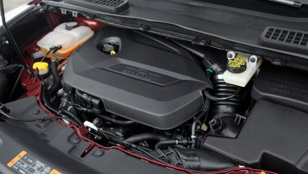 2016 Ford Escape engine