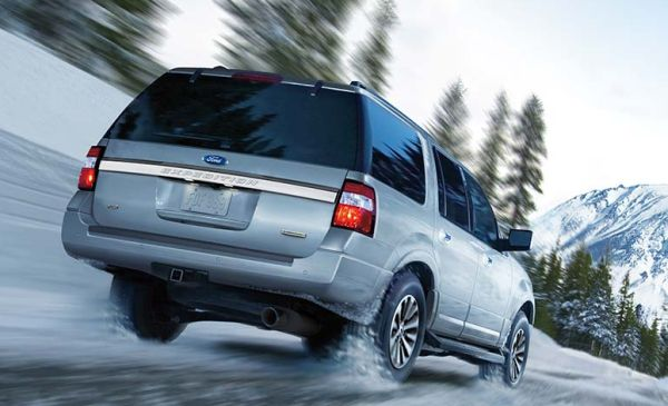 2016 Ford Expedition rear