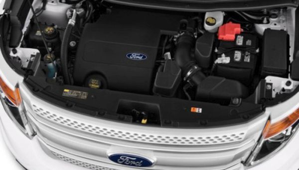 2016-Ford-Explorer-engine