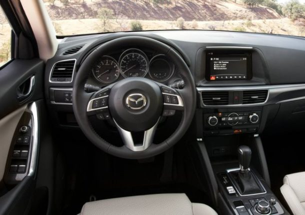 2016 Mazda CX-5 interior front view