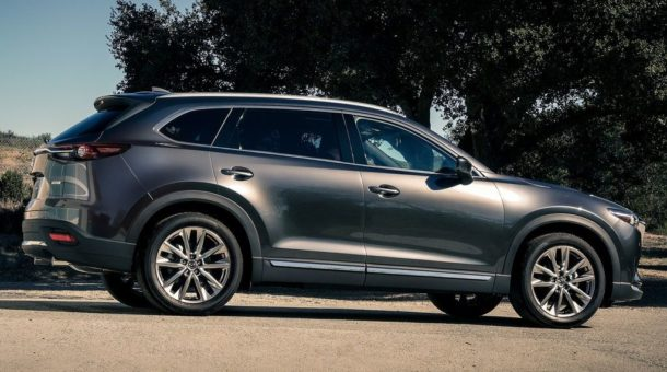 2016 Mazda CX-9 side view