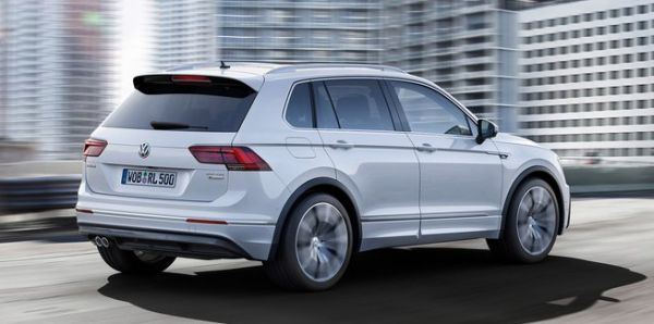 2016 Volkswagen Tiguan rear side