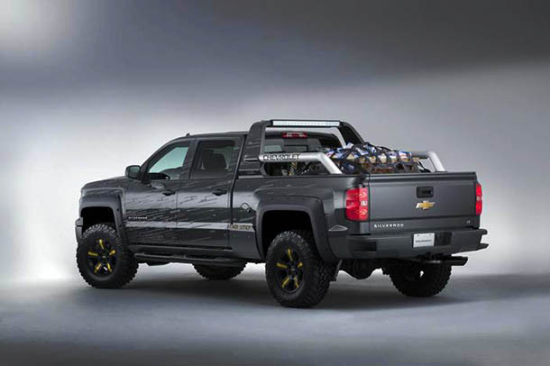 2017 Chevrolet Colorado side