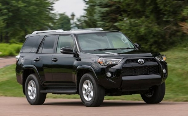 2017 Toyota 4Runner front view