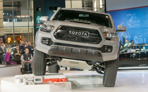 2017 Toyota Tacoma TRD Pro front