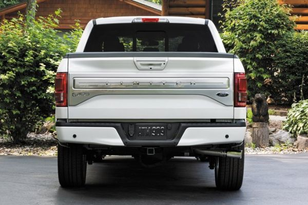 exterior 2016 Ford F-150 Limited back