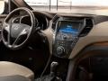 2016 Hyundai Santa Fe interior front view