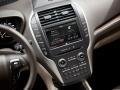 Interior 2016 Lincoln MKC controls